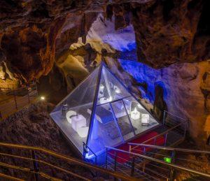 Visite la Grotte de la Cocalière